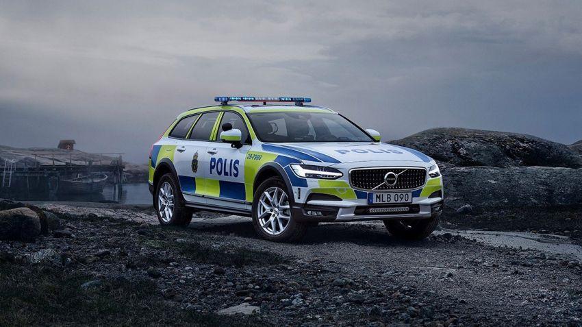 Volvo V90 CC - bästa polisbilen