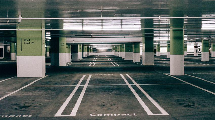 Sveriges bilpark minskar